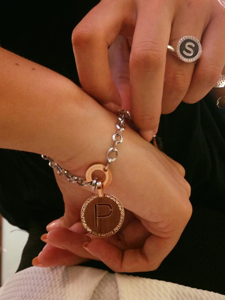 """""""P""""...ensami! #braccialeiniziale #rebeccagioielli #fashion http://www.gioielleriagigante.it/prodotto/bracciale-con-iniziale-marchio-rebecca-referenza-bwwbxx61-2/"""