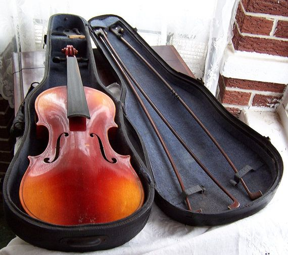 Antique Violin with Case and Three Bows by SierrasTreasure on Etsy, $424.00