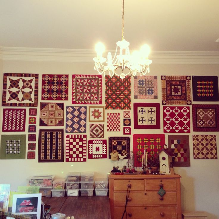 Quilts In The Barn: Great Wall of Quilts!