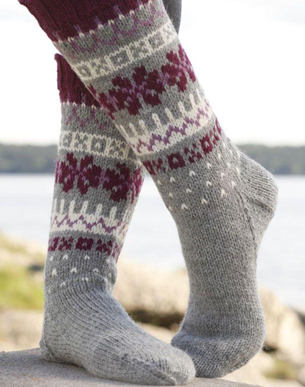 Knitting Socks Design : Носки с жаккардовым узором от drops design вязаные спицами