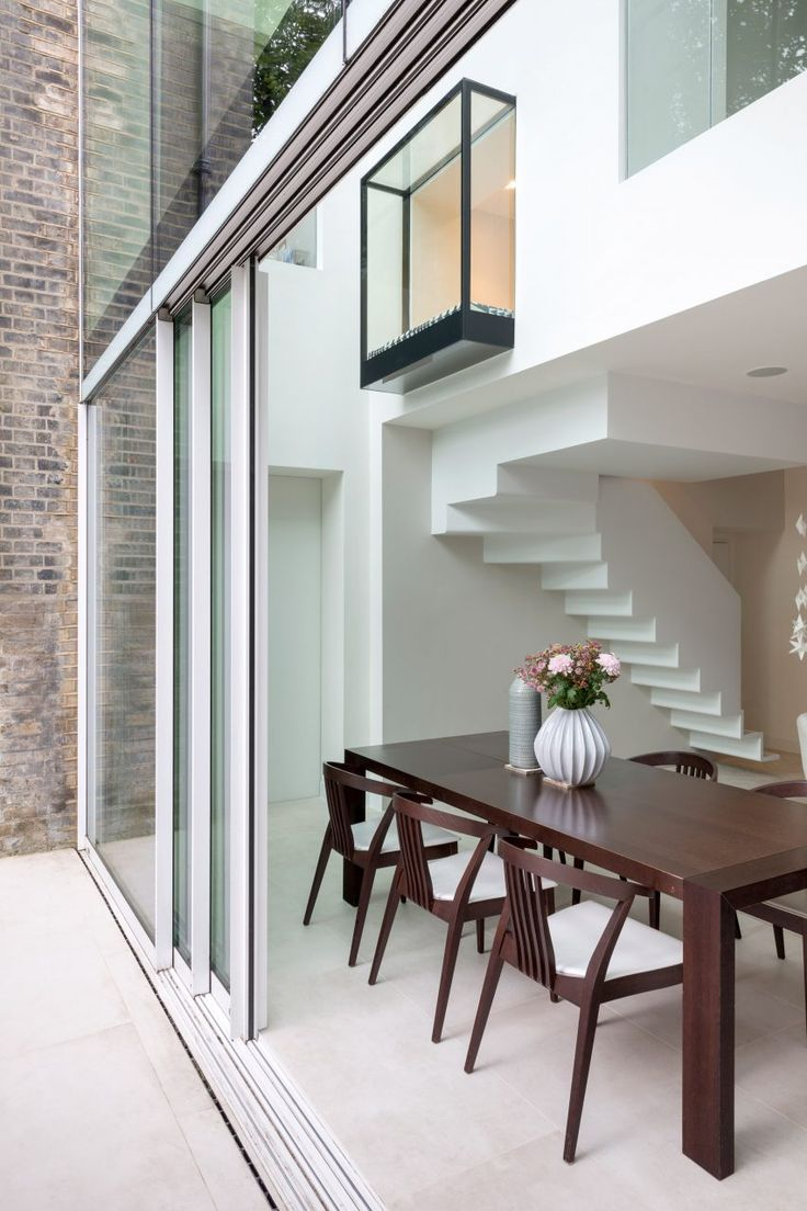 Lipton Plant Architects created this glazed extension for a terraced house in Islington