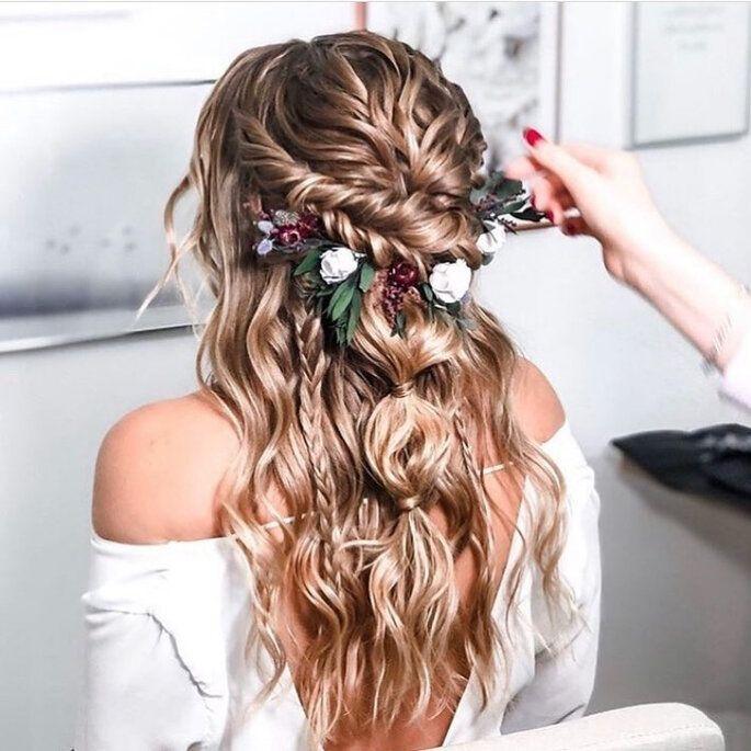 Traumhafte Boho Frisuren Fur Ihre Hochzeit Welche Boho Brautfrisur Passt Am Besten Zu Ihnen In 2020 Brautfrisuren Boho Frisur Hochzeit Brautfrisur