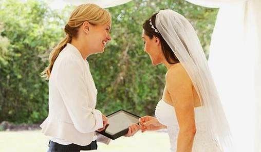 Daniele: Karin Events - pentru nunta de vis  http://daniela-florentina.blogspot.ro/2015/04/karin-events-pentru-nunta-de-vis.html
