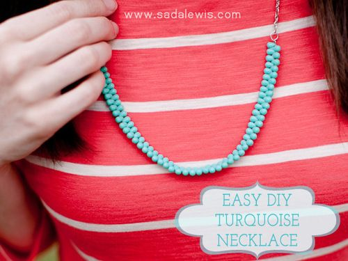 DIY Beaded Necklace for Beginners Tutorial. This is almost as easy as it gets, so if you've wanted to make jewelry, seen some beads you really like but weren't sure where to begin, this tutorial by Casa de Lewis is a good place to start.Jewelry Make, Turquoise Necklaces, Diy Necklaces, Diy Turquoise, Beads Necklaces, Necklaces Tutorialblog, Diy Jewelry, Diy Easy, Necklaces Tutorials Blog