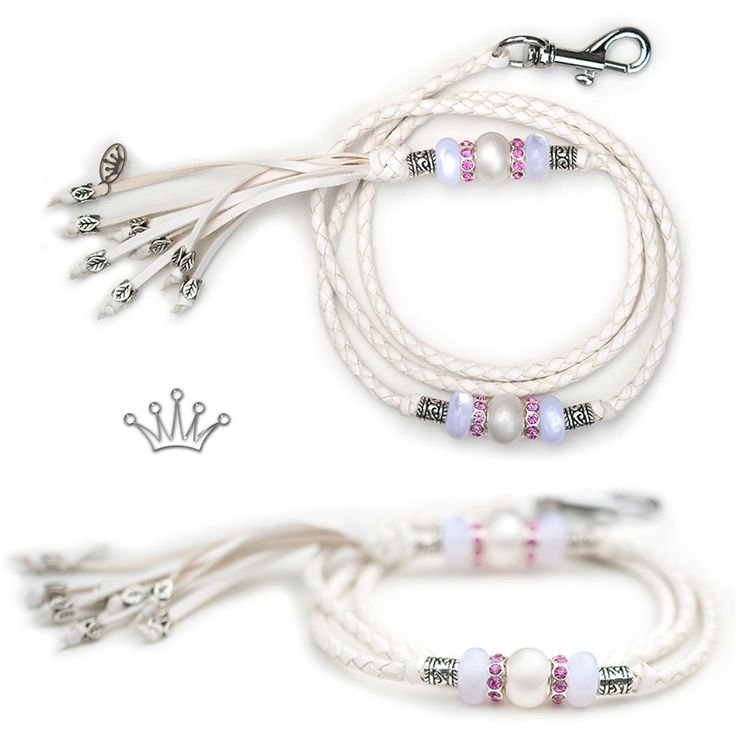 FOR SALE! Kangaroo leather show lead in white. Interested? Visit the link for more information! * * * #showlead #showleads #showleash #dogshow #emoticon #emoticonleads #emoticonshowleads #kangarooleather #showdog #customlead #customshowlead #dogshows #utställningskoppel #kangarooleatherlead #dogshowlead