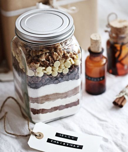 These homemade gifts are every sweet-lover's dream—they promise freshly-baked treats with minimal prep. From triple chocolate brownies to pecan-studded banana bread, these adorable jars will be the hit of the holiday season.