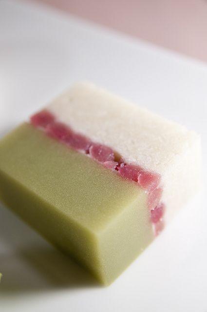 Japanese sweets, wagashi: Leaves of frost, Toraya, Isetan Shinjuku