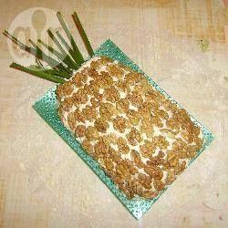 Russische laagjessalade (in de vorm van een ananas) @ allrecipes.nl