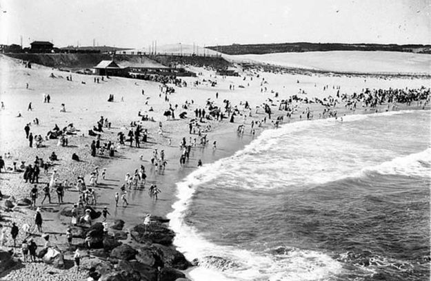 It was once illegal to ocean swim in daylight. | 14 Little Known Nuggets Of Australian History