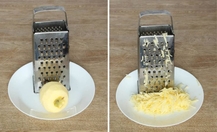 2. Vispa ägg och strösocker pösigt i en bunke. Tillsätt resten av ingredienserna och rör ihop allt till en slät smet.
