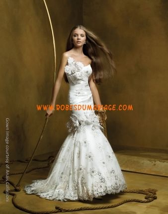 Anaest Collezioni belle robe de mariée glamour longue ornée de fleur et broderie satin