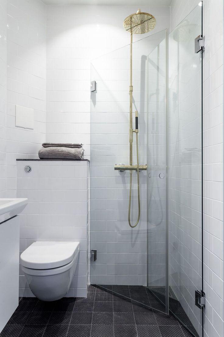 60+ Brilliant & Cute Small Bathroom Remodel Ideas