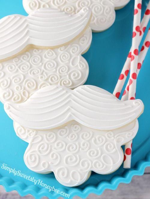 "Santa Mustache & Beard Cookies: ""Staching Through the Snow"" - simplysweetsbyhoneybee.com"