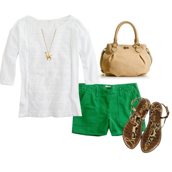 Green shorts :) would need to be walking shorts , but love the combination here.: Leopards Sandals, Green Outfits, Colors Shorts, Summer Outfits, Leopards Prints, Outfits Hair Fashion, Walks Shorts Outfits, Outfits With Green Shorts, Green Shorts Outfits
