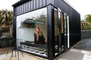 Inspired by an icon of the Christchurch quakes, a Nelson salon in a shipping container has attracted plenty of interest.