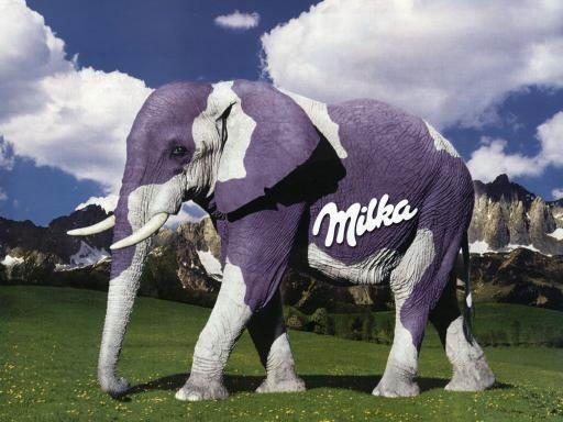 Milka mal anders - und was ich dazu gebloggt habe:  http://imeinkaufswagen.wordpress.com/2012/10/13/zum-kugeln-weihnachten-steht-vor-der-tur/