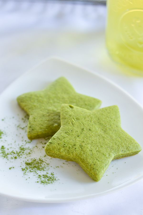Matcha Green Tea Sugar Cookies ⅔ cup butter, softened ¾ cup granulated sugar 1 egg 1 tsp vanilla extract 1¾ cups all-purpose flour 2 tbsp matcha green tea powder 1 tsp baking powder ½ tsp salt