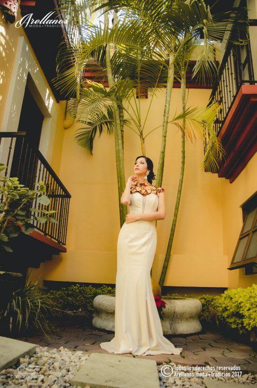 para una boda muy mexicana, sin perder la elegancia para la novia