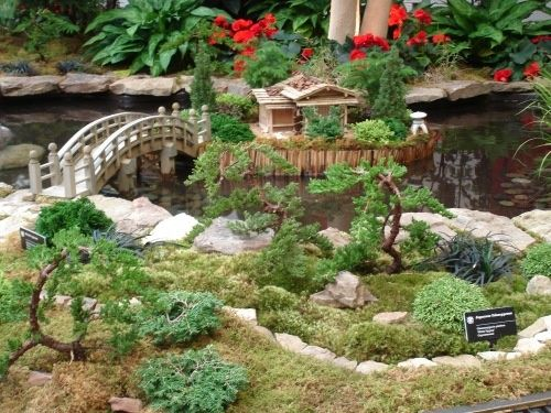 48 best images about crafts miniature gardens asian for Mini japanese garden