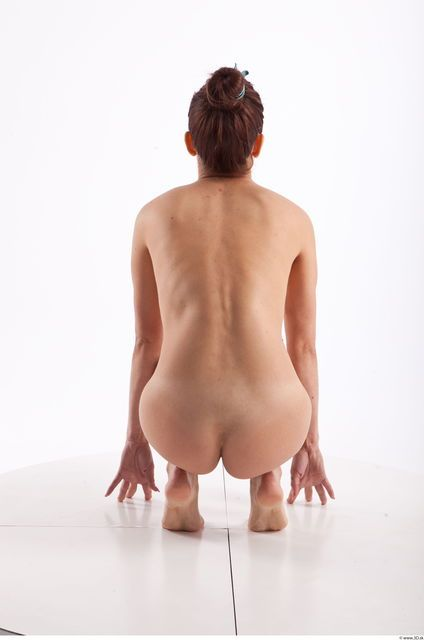 Kneeling Photo References Of Nude Molly