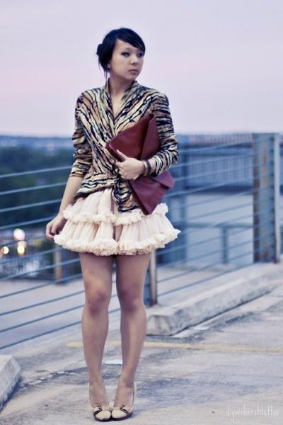 Dark-brown-clutch-asos-bag-bronze-animal-print-thrifted-blouse-peach-tutu