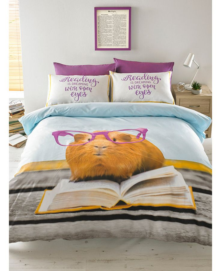 This Hashtag Geraldine Guinea Pig Single Duvet Cover Set features an an adorable guinea pig in cute purple glasses reading a book. Free UK delivery available
