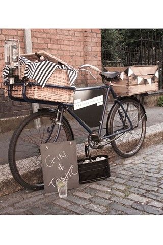 The Travelling Gin Company - @Madeliene Lowe Hall, we need a bike outside our shop (advertising G of course)!