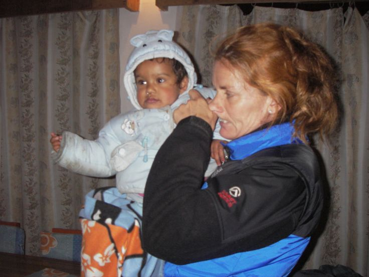 Lene trekking with her adopted daughter in Nepal