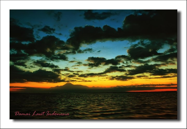 Sunset Taman Nasional Komodo