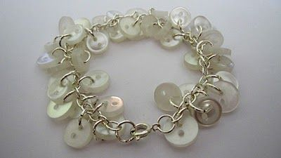Kitty Cats and Airplanes: Jewelry Making 101! Part 4- button bracelet - Great step by step directions