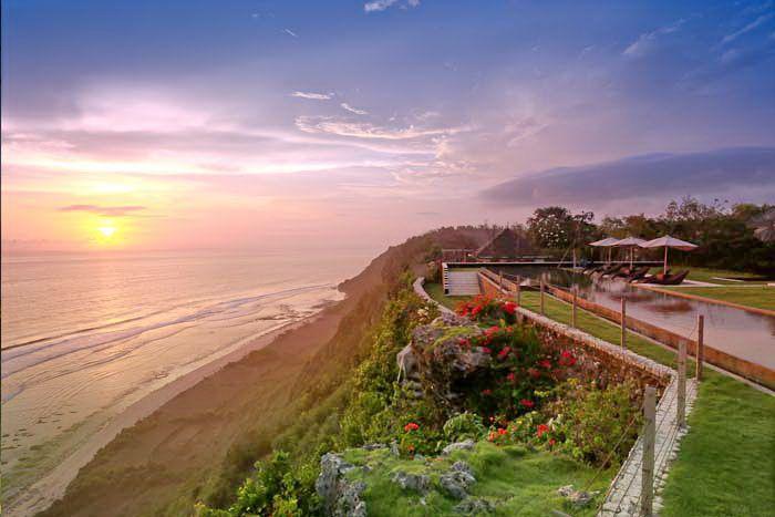 The Sanctus   3 bedroom   Uluwatu,Bali #cliff #sunset #wedding #event #venue