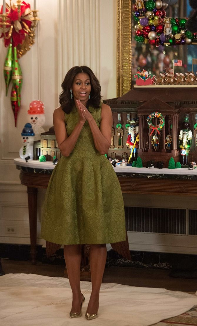 Michelle Obama is a Michael Kors dress.