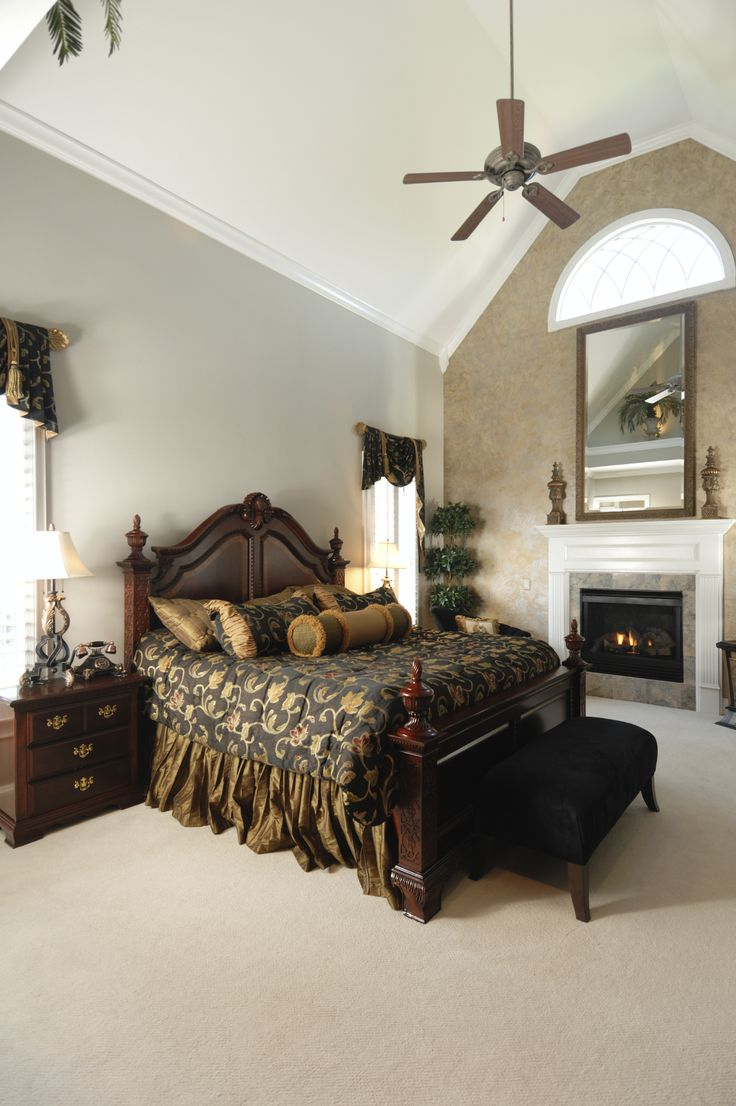 588 best Bawse azz bedrooms images on Pinterest | Bedroom designs ...