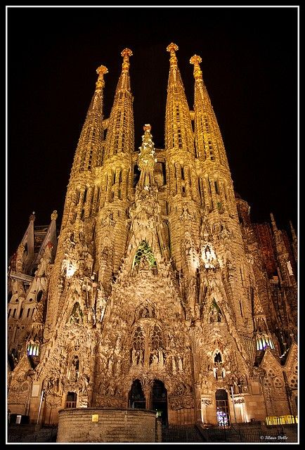 La Sagrada Familia (Holy Family Church), Barcelona ~ Antoni Gaudi.