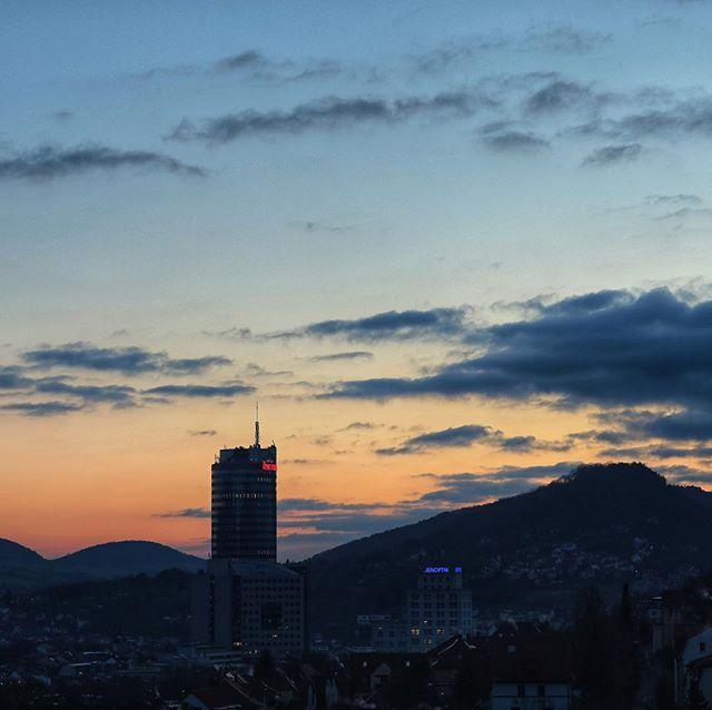 Guten Morgen schönste Stadt! #jena #jenaparadies #goodmorning  #jentower #moments #heimatliebe #visitjena #nochnichtganzwach #kurzvormwochenende