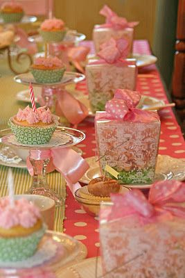 cupcake tablesetting