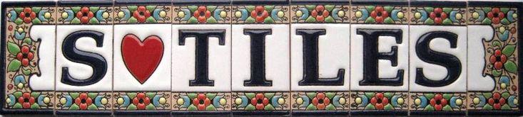 Изготовленная вручную испанскими мастерами наша керамика станет истинным украшением любого дома - от номера на входной двери до живописных тарелок на вашем обеденном столе