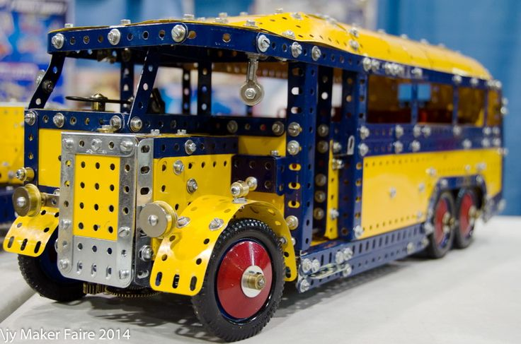 Models by James Young - B.C. Meccano Modellers