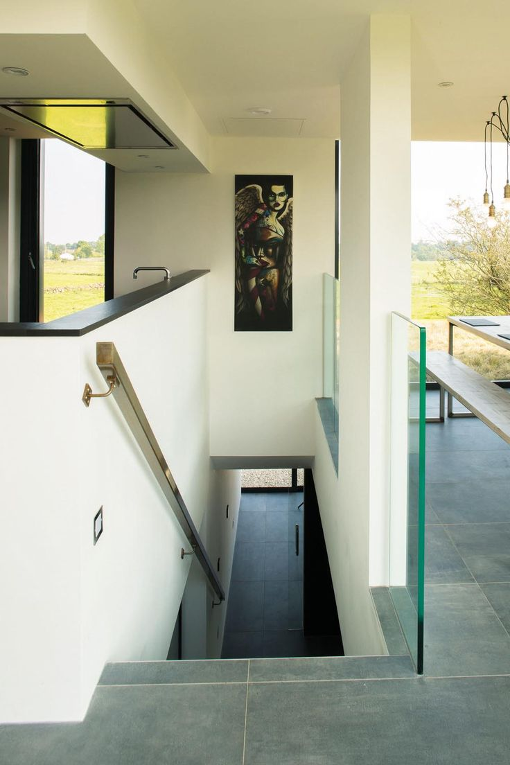 Rotating house grand designs container