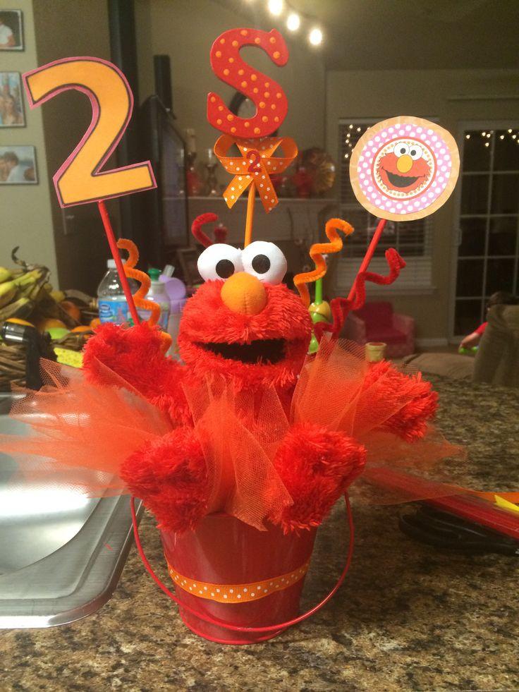 Elmo centerpiece!!