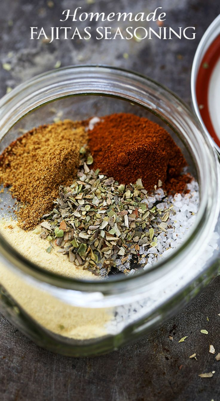 Homemade Fajitas Seasoning Mix | www.diethood.com | Spicy, salty, perfectly flavored Fajitas Seasoning Mix made at home with spices that you already have in your spice rack!