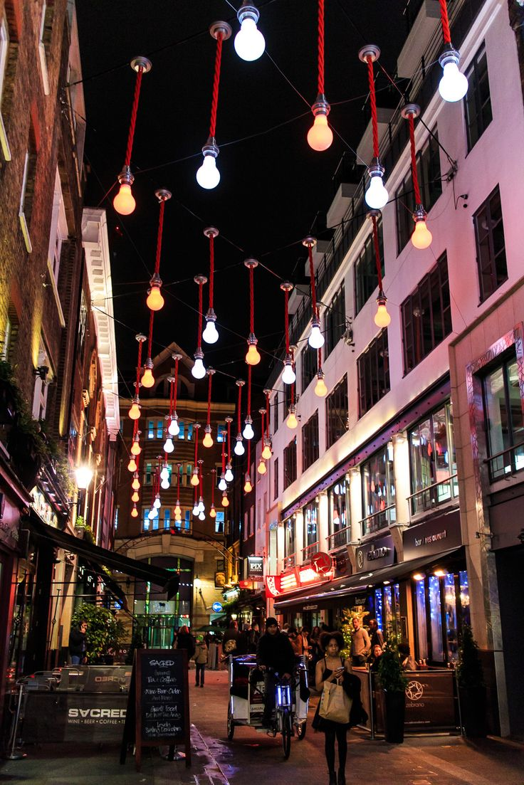 Christmas bulb | London's street under christmas lights