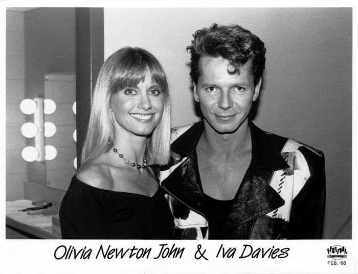 IVA DAVIES & ICEHOUSE - MAN OF COLOURS PROMOTIONAL PHOTOS