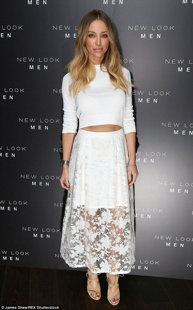 Lauren Pope says she never replies to twitter trolls - Celebrity Fashion Trends