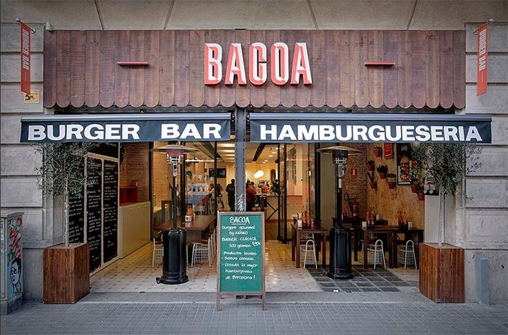 Best hamburgers in Barcelona according to Ride or Die  Tipsfor tourists: the best hamburgers in Barcelona  Discover the best hamburgers in Barcelona with Ride or Die  Hello everyone riders! After a bike ride is there anything better than eating something tasty? Here we are to give you some advice about the best hamburgers in Barcelona. Where to go to eat them? How to avoid expensive and low quality places? Do not worry this article will guide you in your search.  1. Bacoa  This franchise…