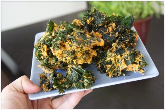 Spicy Cheesy Kale Chips | NuDe Recipes | Pinterest