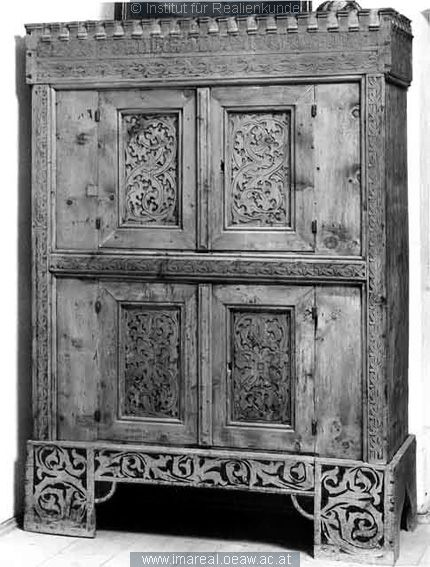 371 best images about Medieval furniture on Pinterest  : fcb4509e794161903b5fa8e62bc8832a from www.pinterest.com size 430 x 567 jpeg 56kB