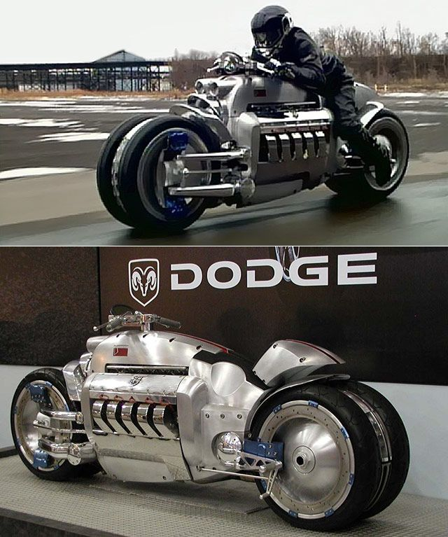 Equipped With 4 Wheels And A Dodge Viper Motor The Dodge Tomahawk Is The World S Fastest Motor Jacked Up Trucks Riding Motorcycle Futuristic Motorcycle