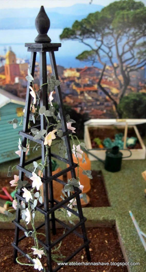Garden obelisk for plants miniature 1:12