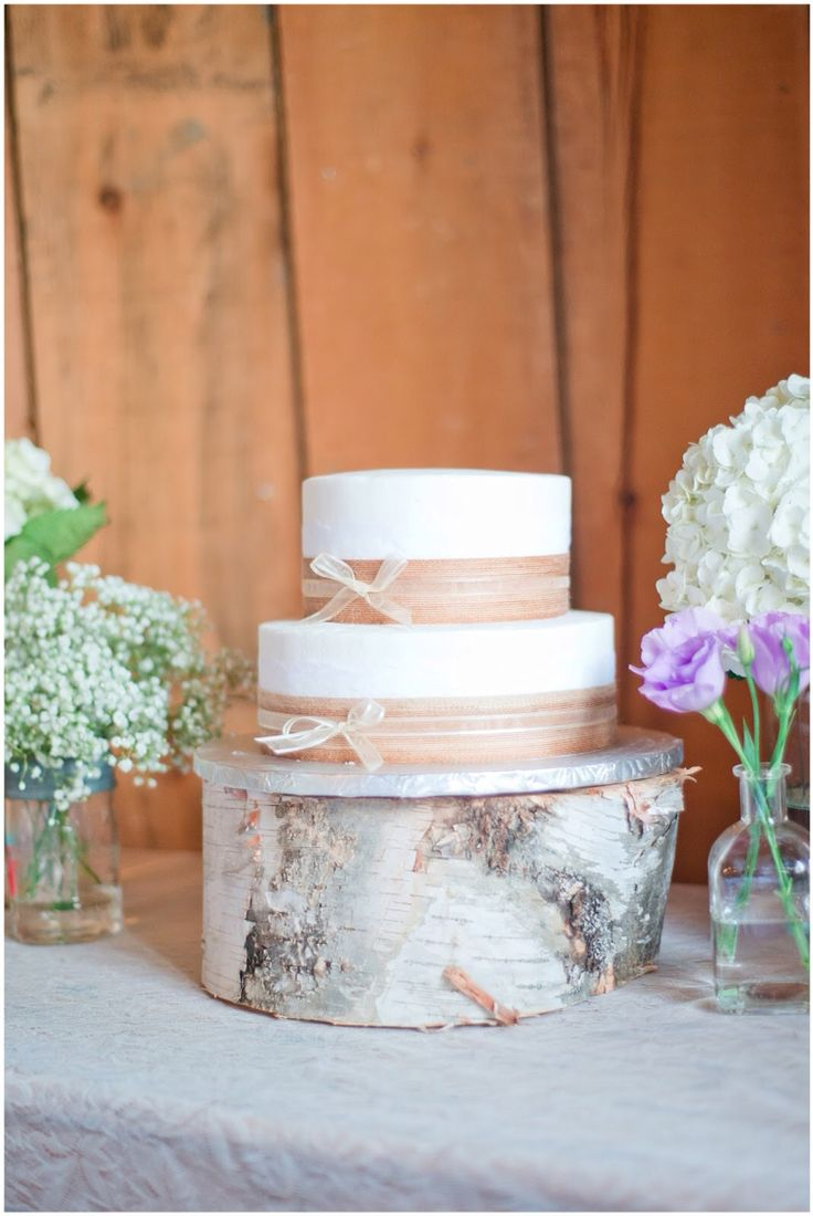 diy rustic wedding cakes rustic wedding cake on wooden slab rustic country diy 13617